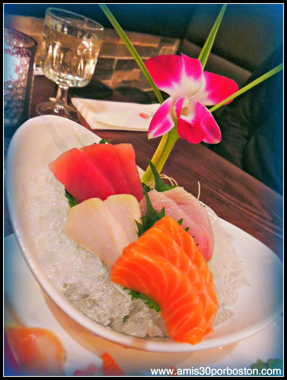 Sushi and Sashimi Set: 10 piezas de Sashimi