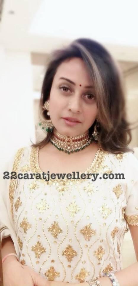 Namrata Shirodkar Kundan Choker by Manjula Jewels