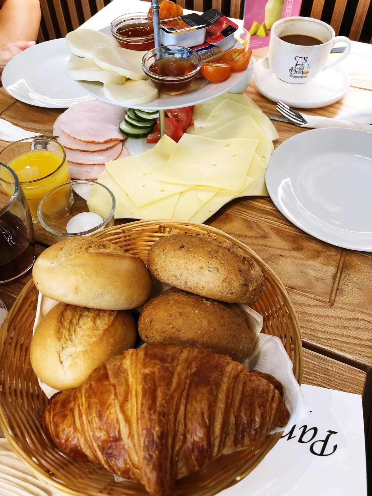Frühstück-in-Pappa-Roti