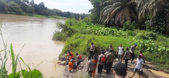 Mayat Perempuan Ditemukan Tewas Mengapung di Sungai Batang Merangin