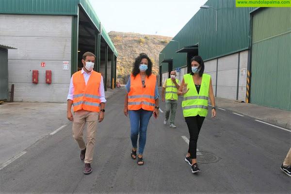 Visita del presidente y de la consejera de Servicios al Complejo Ambiental de Los Morenos