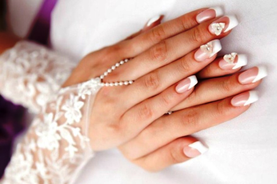 Cat  Kuku Untuk Pernikahan