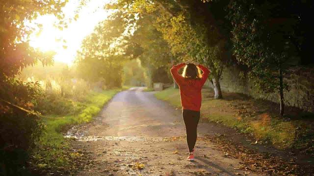 المشي بعد الأكل
