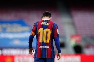 رسميًا.. برشلونة يعلن رحيل ليونيل ميسي