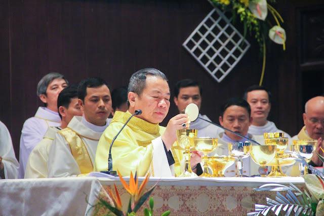 Lễ truyền chức Phó tế và Linh mục tại Giáo phận Lạng Sơn Cao Bằng 27.12.2017 - Ảnh minh hoạ 176