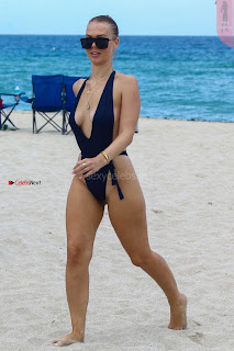 Bianca-Elouise-in-Swimsuit-809+%7E+SexyCelebs.in+Exclusive+Celebrities+Picture+Galleries.jpg
