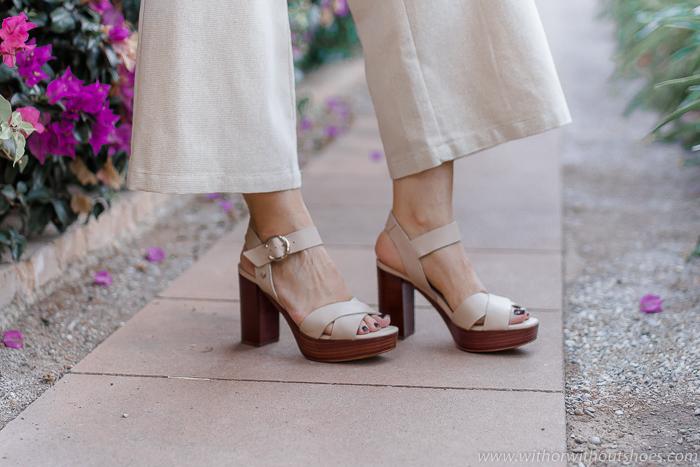 sandalias cruzadas con plataforma de madera de Martinelli made in Spain
