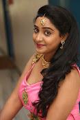aishwarya addala new glam pics-thumbnail-4