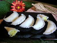 Ulundu Kozhukattai Recipe / Urad Dal Kozhukattai recipe/ Uppu Ulundu Kozhukattai recipe- A Vinayagar Chaturthi Recipe