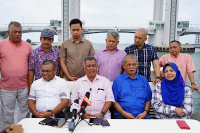(VIDEO) Kita ahli UMNO menyambut baik DS Zahid untuk bersama memperkukuhkan parti dengan Timbalan Presiden Dato' Seri Mohamad Hasan