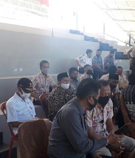 Camat Labakkang dan Ma'rang Hadiri Pembagian Masker di Lapangan Citra Mas