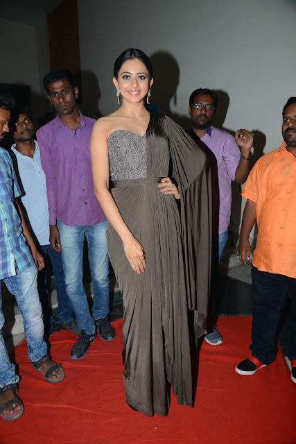 rakul preet singh at chiranjeevi birthday celebrations