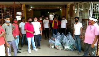 जरूरतमंद गरीबो को निःशुल्क घर पहुंच सब्जी सेवा राकेश सेवईवार
