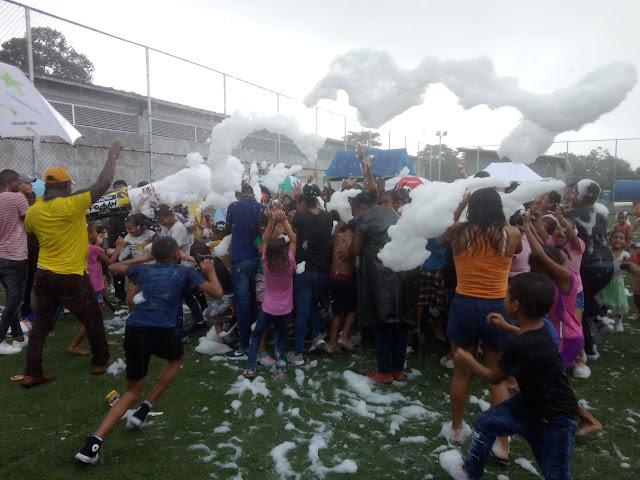 PANAMÁ: Alcalde de San Miguelito brindó alegría y diversión a los niños en su día.