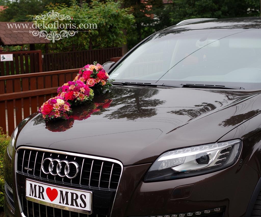 Ślubna dekoracja samochodu Młodej Pary opolskie - różowy i pomarańczowy