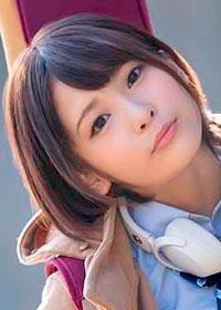 Actress Yui Asakura