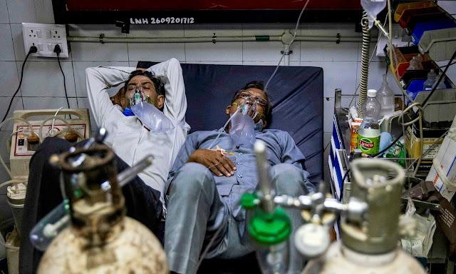 Новый мировой рекорд — 315 тыс. заражённых в сутки: Индия задыхается от ковида