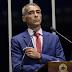 EXEMPLO: Senador Romário não está na lista da Lava-Jato