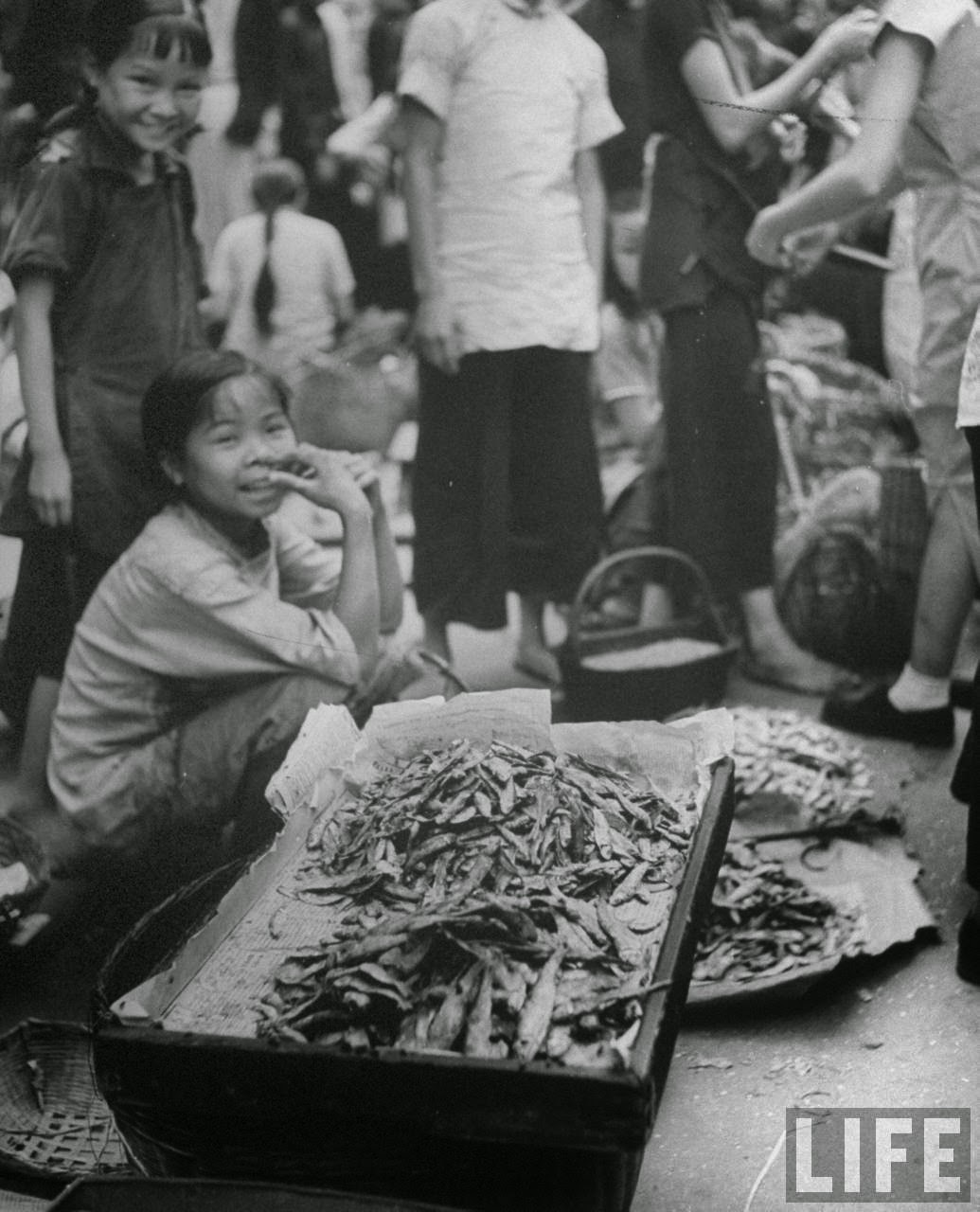 Amazing Hong Kong: Amazing Black And White Photos Of Hong Kong In 1945