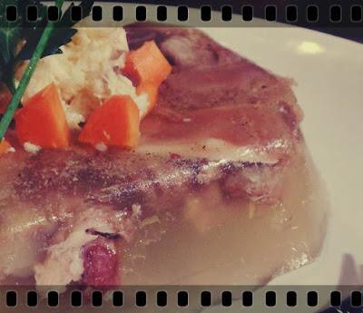 reteta traditionala piftie de porc ca la mama acasa cu gelatina usturoi