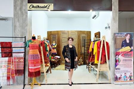 Memakai Ulos untuk Perempuan Berhijab dengan Chathaulos