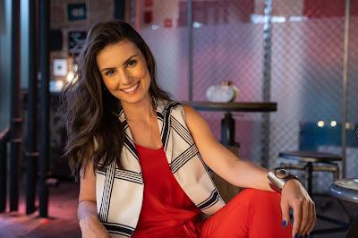 A especialista em finanças pessoais Nathalia Arcuri. Crédito: Ricardo Carvalheiro / Endemol Shine Brasil