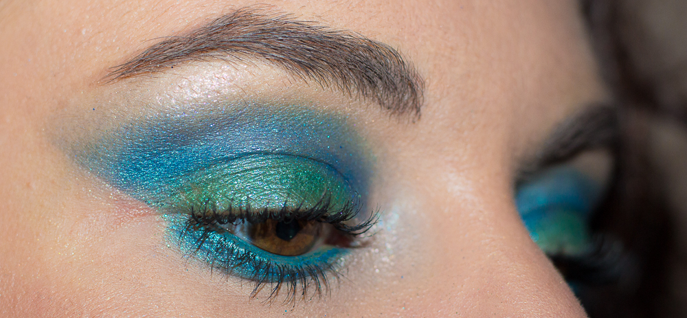maquillage - turquoise - paillettes