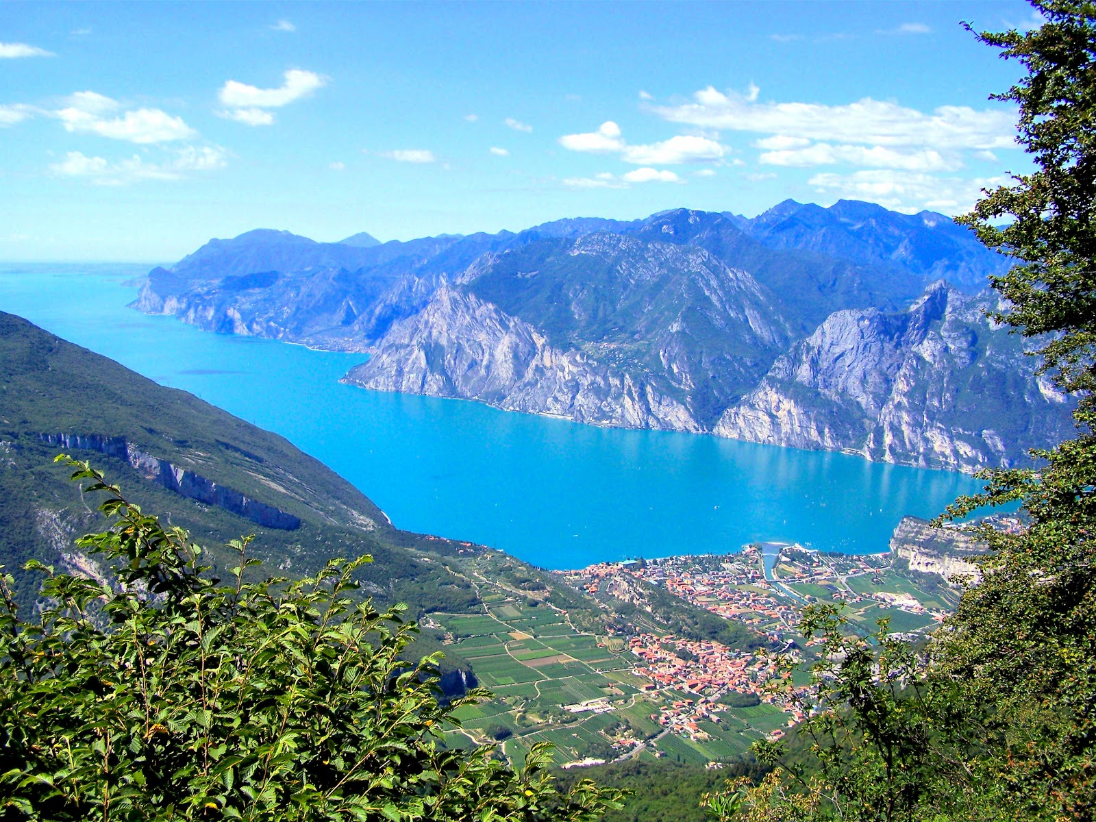 Bella Lago di Garda in northern Italy is a must see for all travelers!