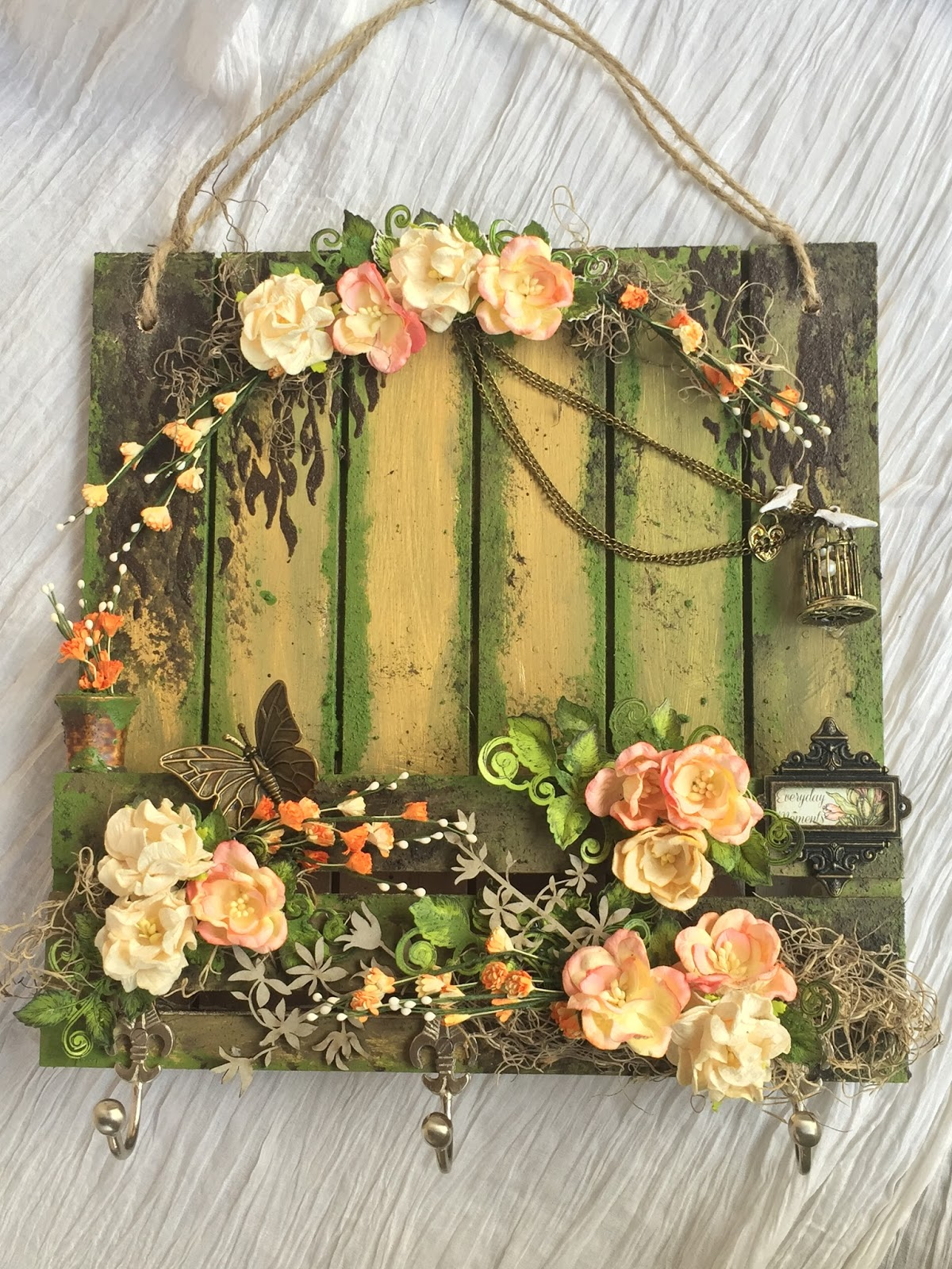Crafters Corner : Wall Decor and FolkArt Painted Finishes