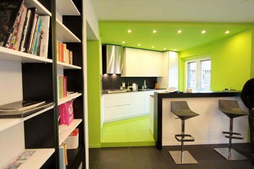 Idee creative per rivestire le pareti in cucina. Diari Di Un Architetto Una Cucina Verde Mela