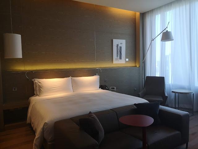 One Farrer Hotel - Skyline Studio