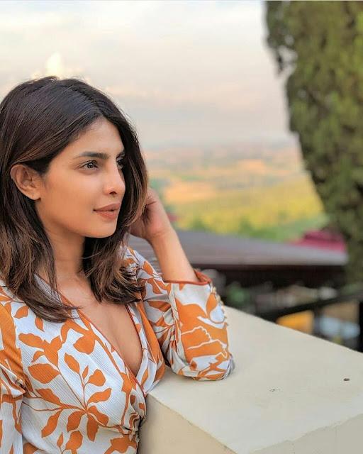 Priyanka Chopra Latest HD Pictures Free Download