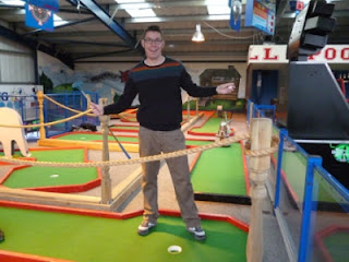 Minigolfer Richard Gottfried at the Leisure Dome Amusement Arcade's indoor Crazy Golf course