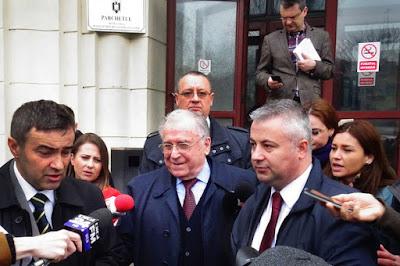 1989-es forradalom, Ceaușescu-diktatúra, Ion Iliescu, Mircea Dinescu, Nicolae Ceaușescu, Petre Roman, Tőkés László