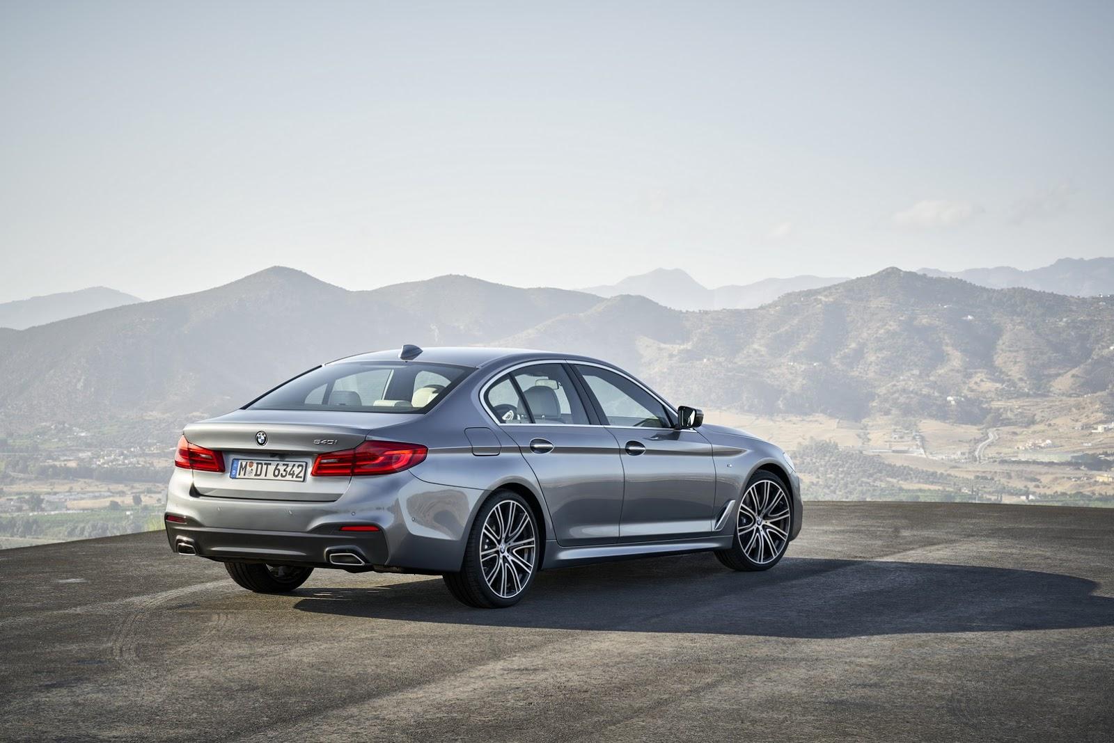 2017-BMW-5-Series-21.jpg