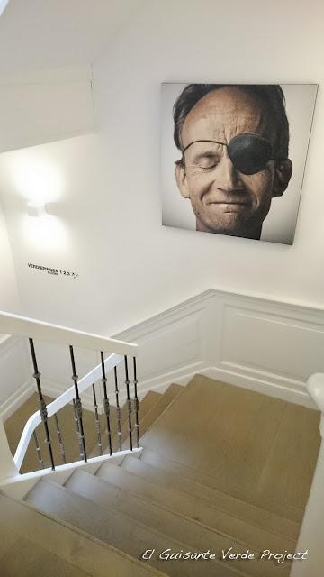 Eye Hotel, escalera - Utrecht por El Guisante Verde Project
