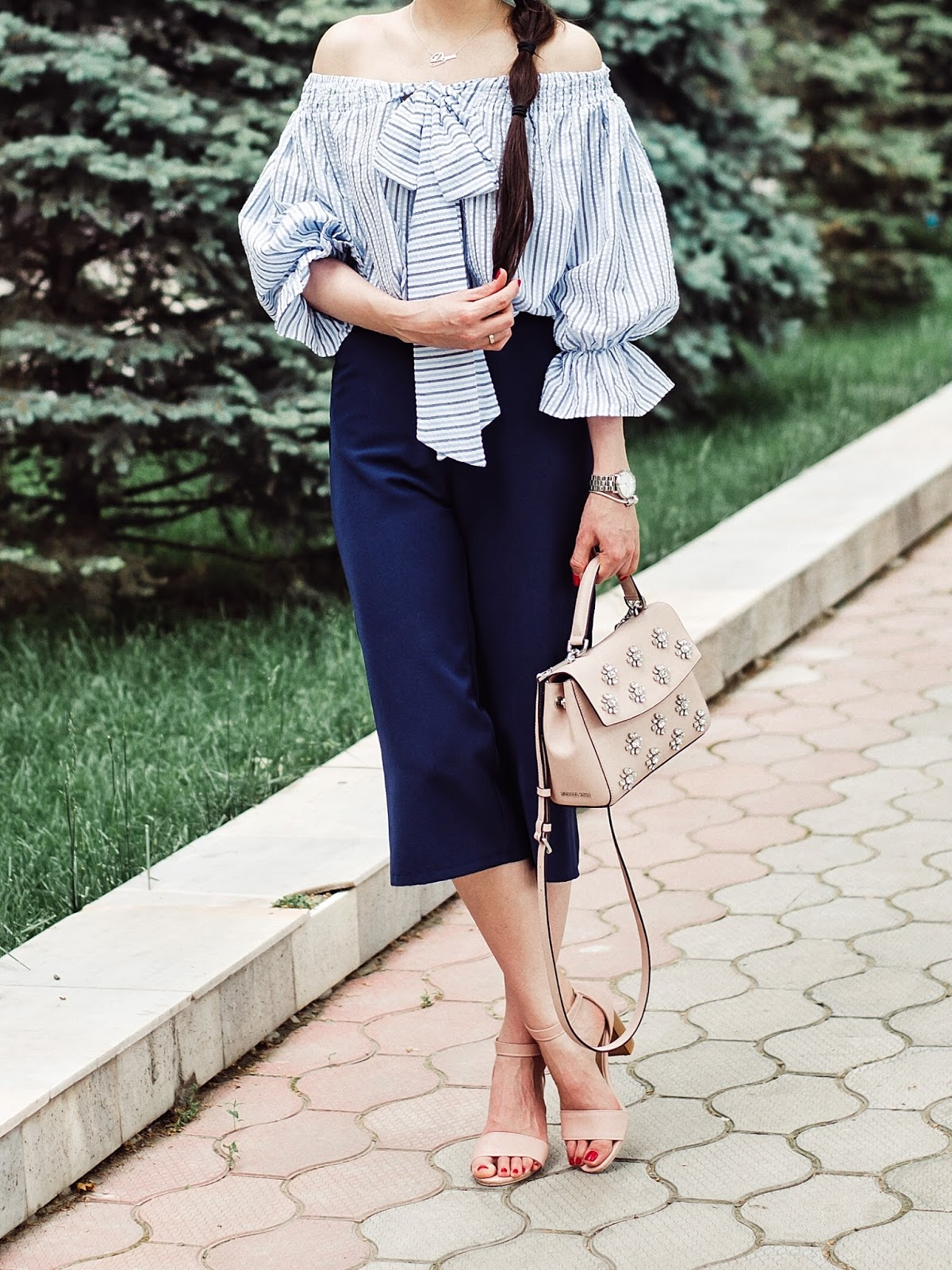 fashion blogger diyorasnotes diyora beta off shoulders top stripped top culottes rink sandals michael kors bag