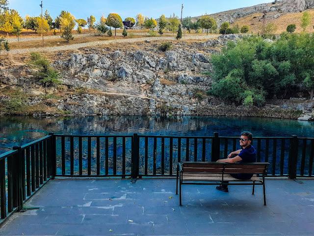 Harun İstenci Sivas'ın Gürün ilçesinde bulunan Gökpınar Gölü kenarında soluklanıyor...