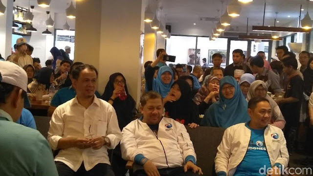 Anis-Fahri Ancang-ancang, Layar Partai Gelora Terkembang