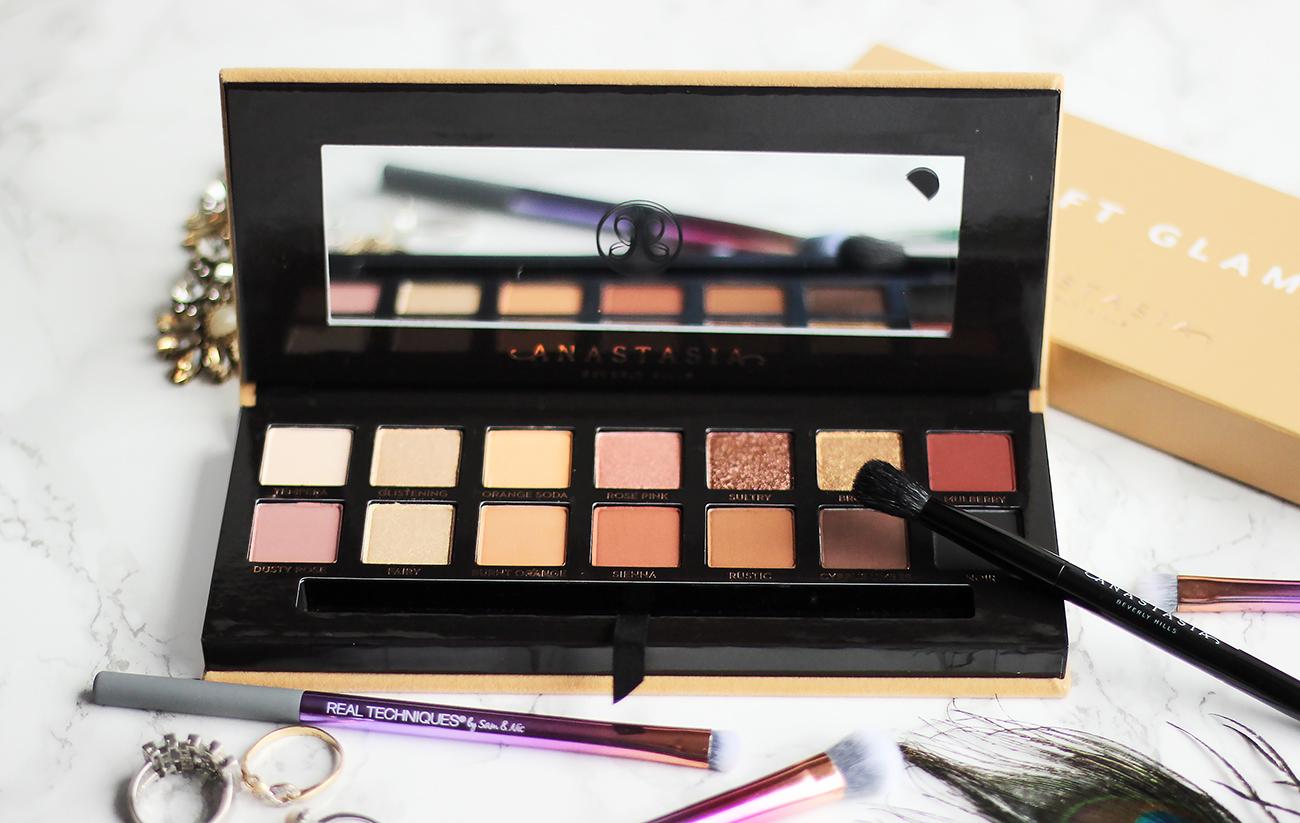 Anastasia Beverly Hills | Soft Glam Paletka Očních Stínů