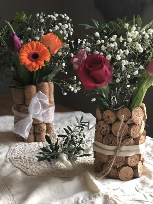 Tutorial on how to upcyle containers and corks for these cute centerpieces