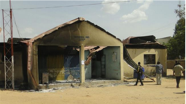 4 Dead as Police Clash With Army