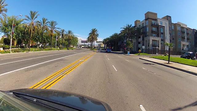 Dirigir em Anaheim e na Califórnia