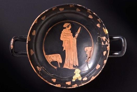 Il y a plus de 2000 ans, les celtes buvaient leur propre la bière et importaient le vin de Grèce