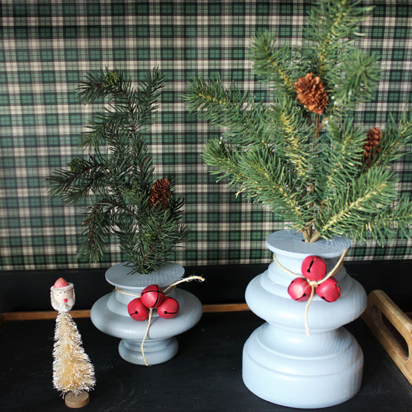 Creating Holiday Decor From A Thrift Store Lamp From Itsy Bits And Pieces Blog