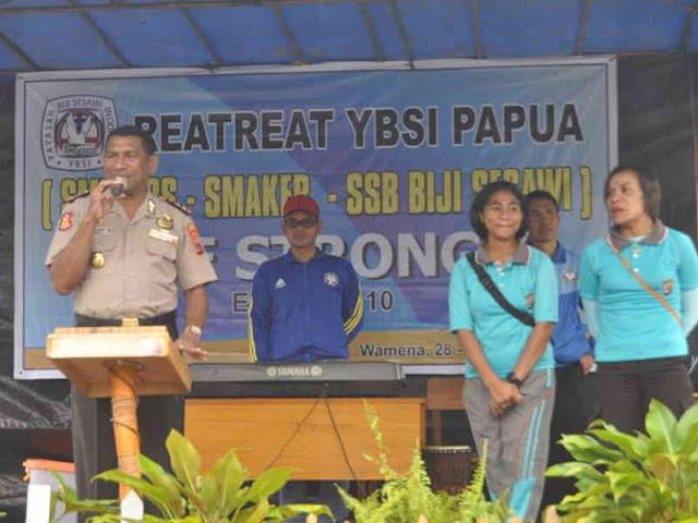 Yan Pieter Reba Ajak Peserta Retreat YBSI Papua Patuh Hukum dan Taati Aturan