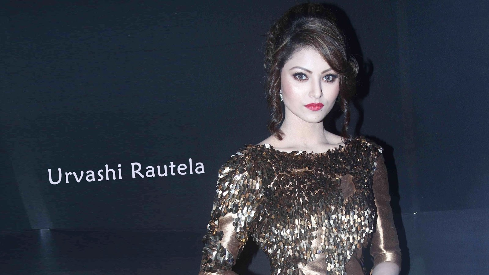 Hd wallpaper urvashi - 10 Best Hd Wallpapers Of Bollywood Actress Urvashi Rautela 2017