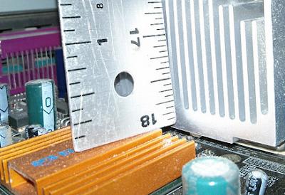 Mengukur Tinggi Casing Komputer