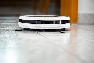 aspirapolvere-robot-pavimento-pulizia-polvere-acari