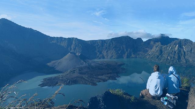 Pemisahan Pendaki Laki-laki dan Wanita di Gunung Rinjani Batal Dilaksanakan